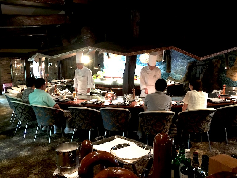記念日におすすめ度No.1 高級鉄板料理「うかい亭」のスペシャルランチ