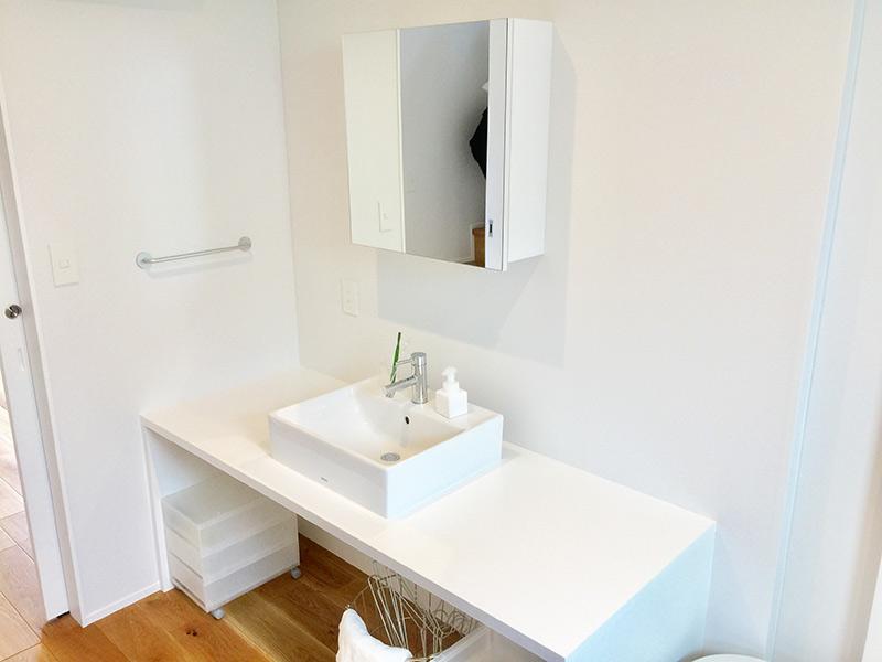 4畳の広い洗面室