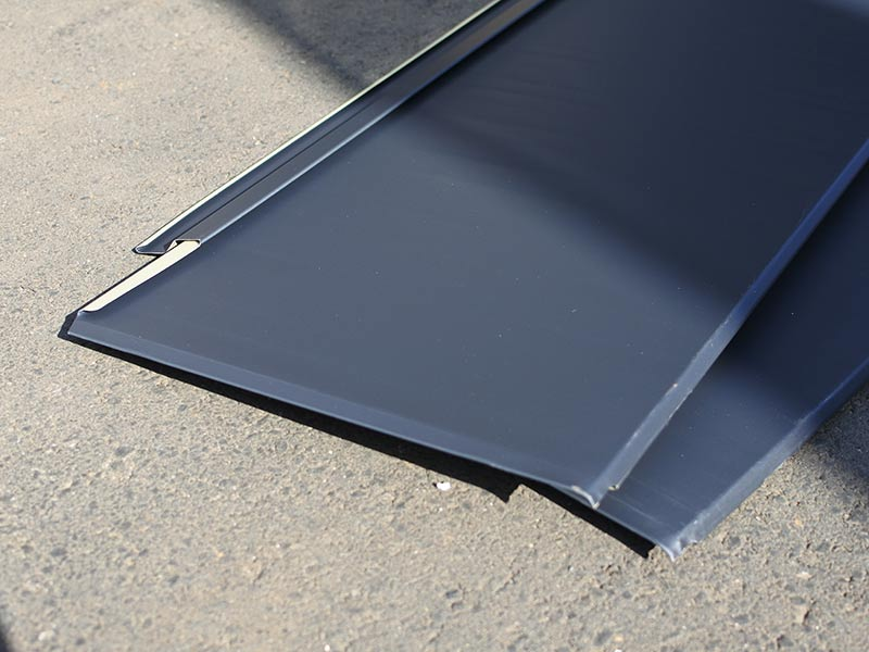 めちゃめちゃ軽いガルバリウム鋼板