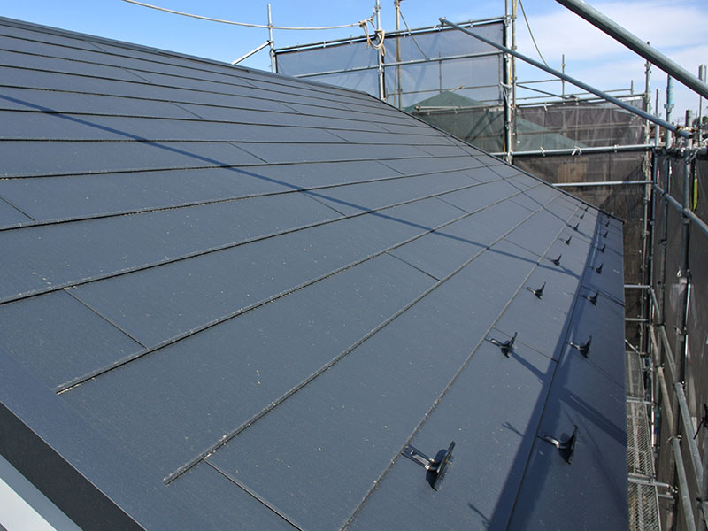 県民共済住宅で建てる5.5寸勾配のガルバリウム三角屋根
