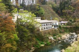 福島県の穴原温泉「おきな旅館」で源泉100%と静かな温泉宿を楽しむ