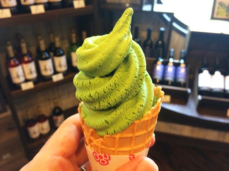 新潟飲物 香 KAORIの抹茶ソフトクリーム