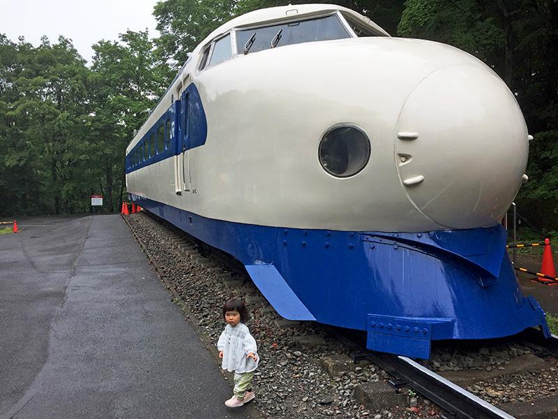 新幹線は修繕中